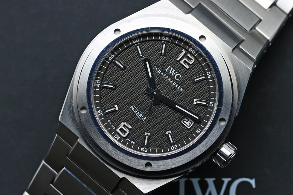 IW322701 IWC INGENIEUR AUTOMATIC SS Black (17)