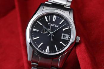 The CITIZEN AQ1000-58E